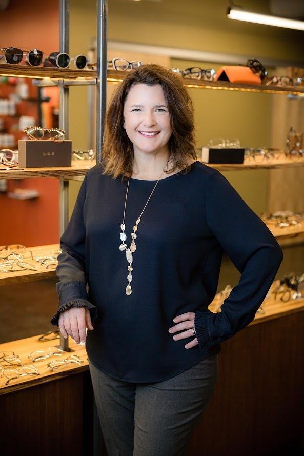 Dr. Laura Kompkoff